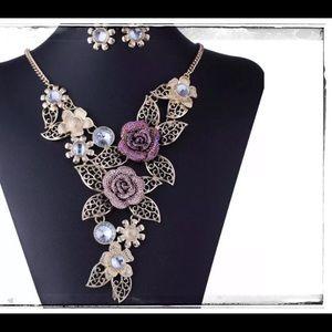 Jewelry - Necklace of Elegance Set